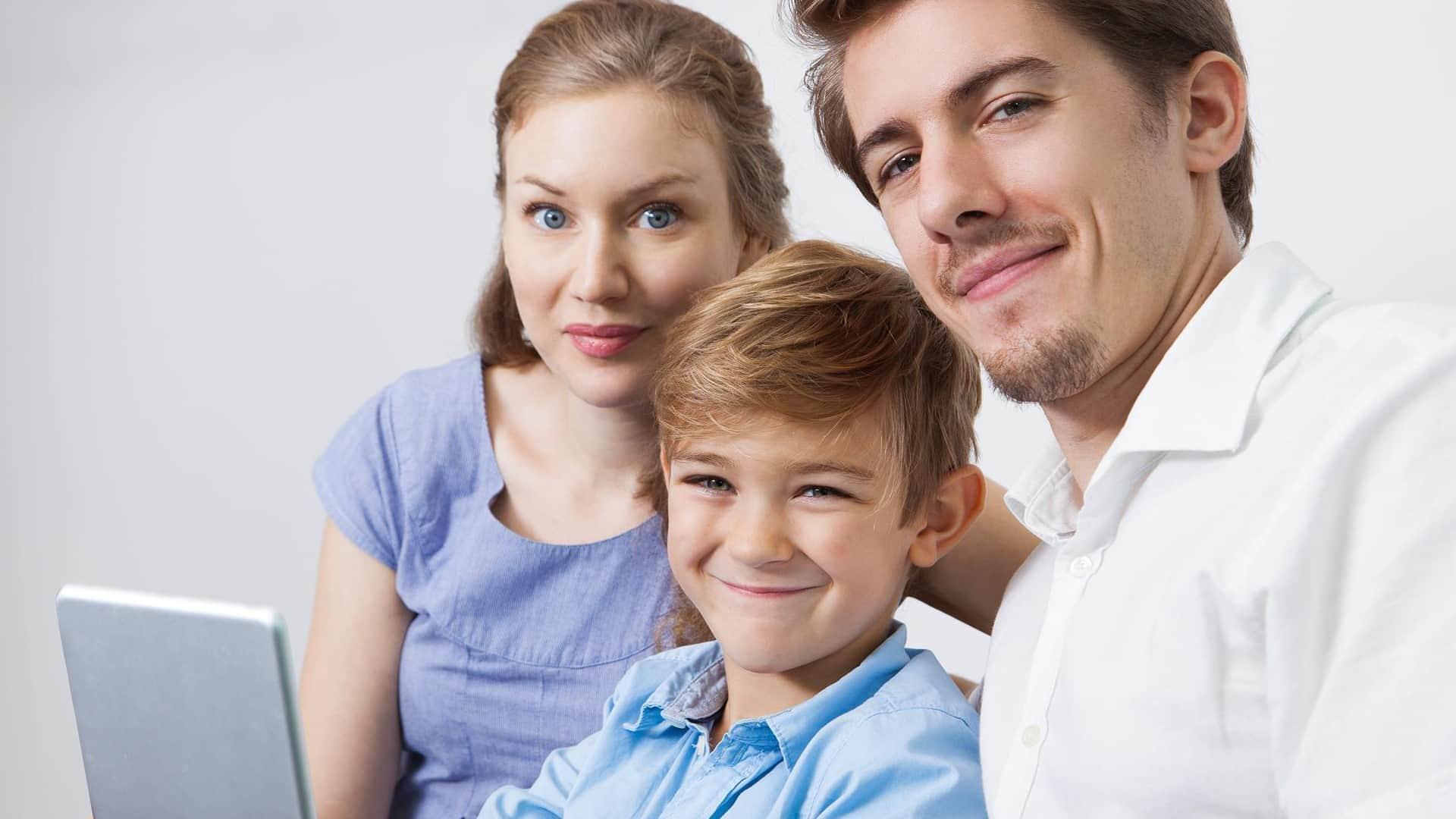 Desafios virais por internet apoio pais netSegura